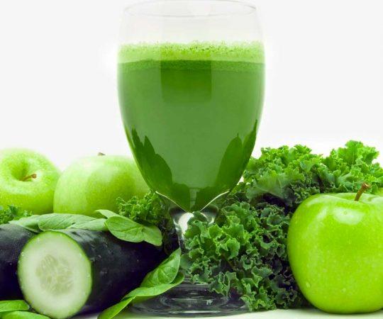 La dieta a base di cibi verdi per sentirsi più leggeri: cosa mangiare
