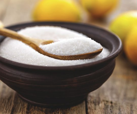 L'Acido Citrico o E330, un additivo alimentare che abbiamo abbandonato nella sua forma industriale